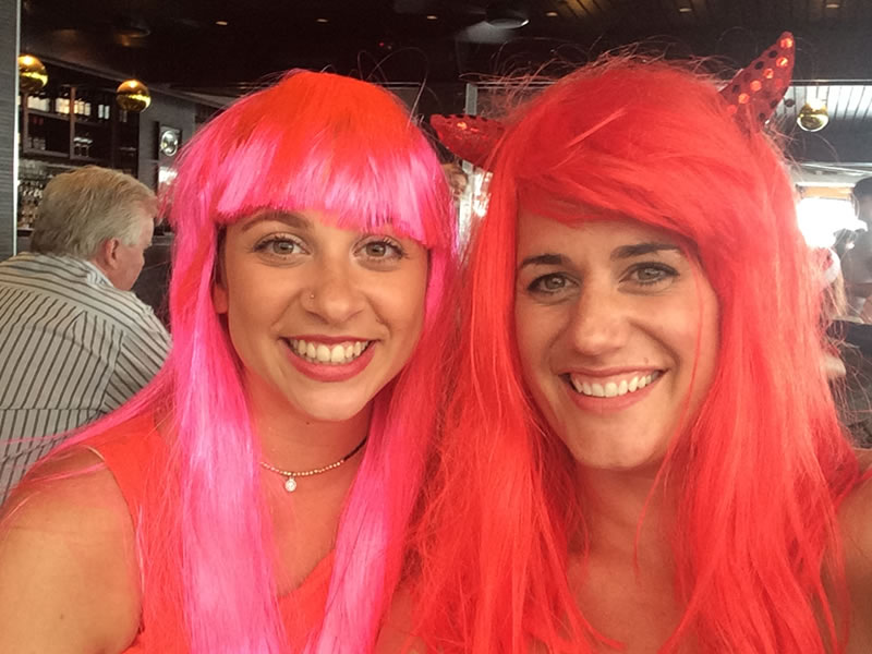 red wigs girls